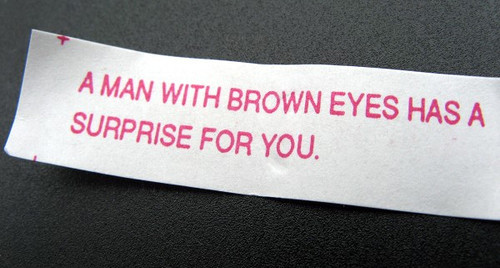 35_Funny_Fortune_Cookie_Quotes0-size-600x0